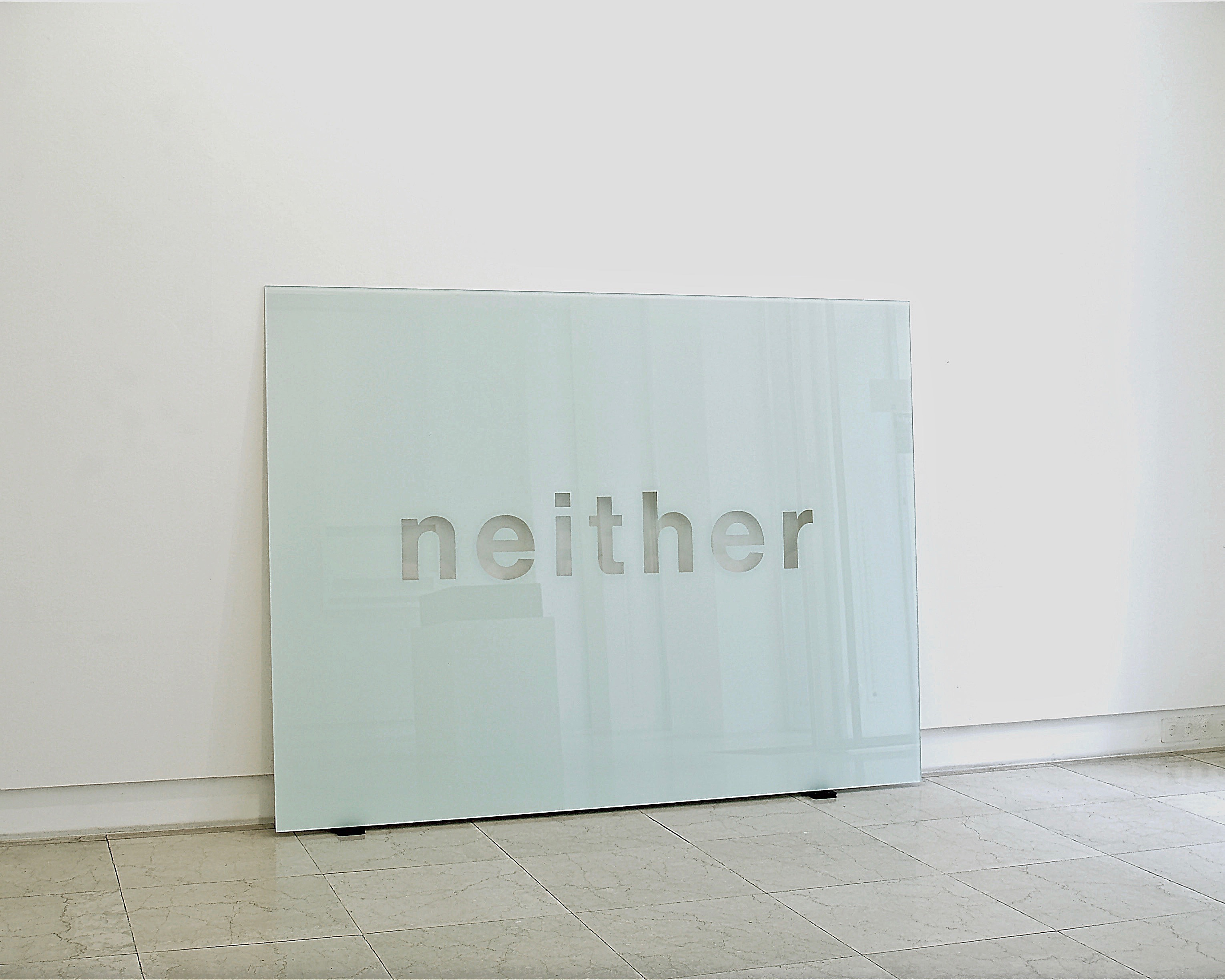 Neither<br>2005, Hinterglasmalerei / reverse glass painting, 150x200cm
